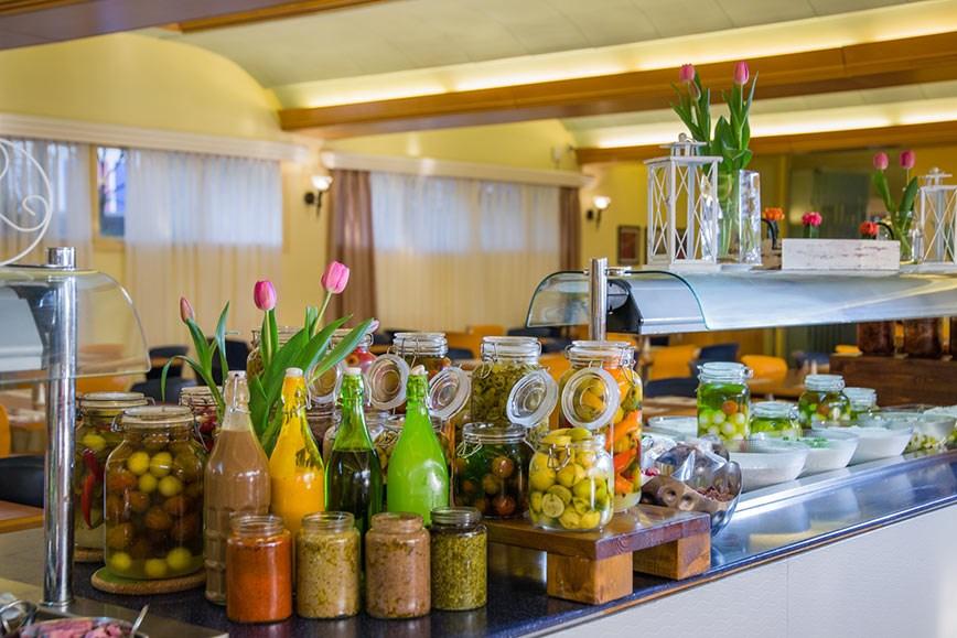 פרימה מיוזיק - מסעדת המלון