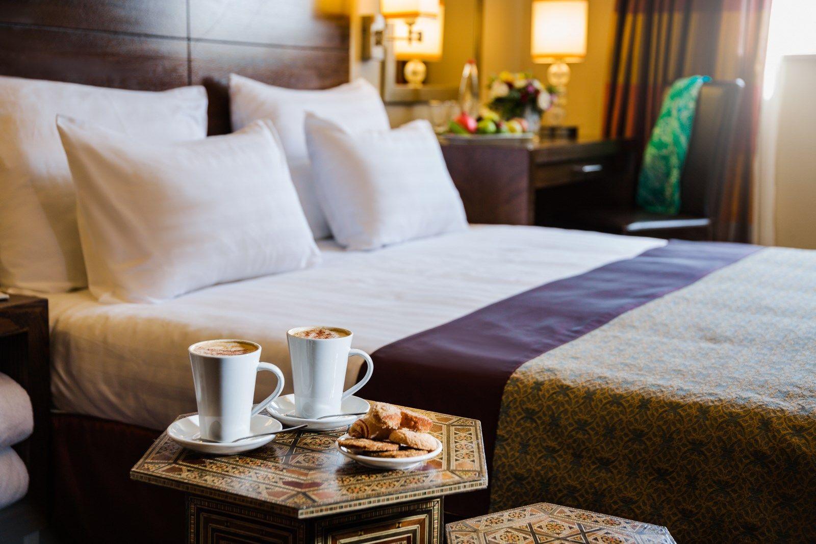 קפה לצד המיטה