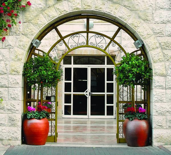 להתחבר למסורת עם מלון פרימה פאלאס
