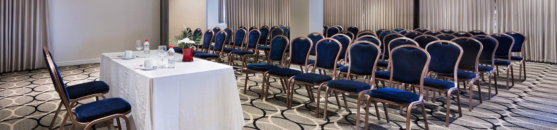 מלון פרימה אואזיס - חדר ישיבות